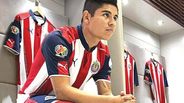 Athlete wearing sportswear manufactured by Industrias MyR